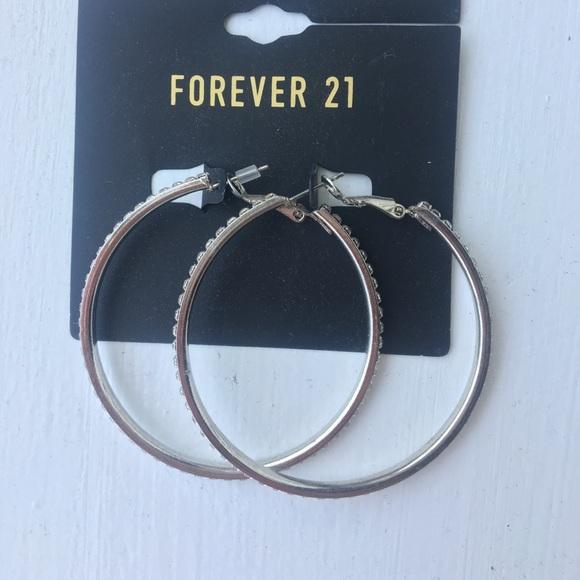 b509a9dd8ec NWT Forever 21 hoops
